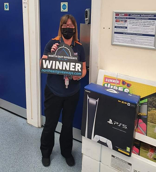 xbox x or ps5 plus £50 gift card. she picked ps5 :) Winner